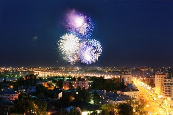 Воронеж, салют в честь Дня Победы и в честь рождения моего сына Сергея