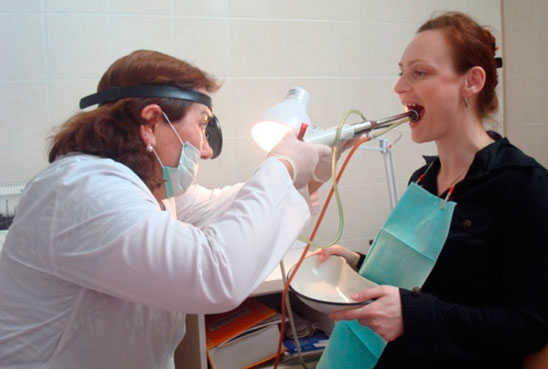 Хронический тонзиллит, операция по удалению миндалин
